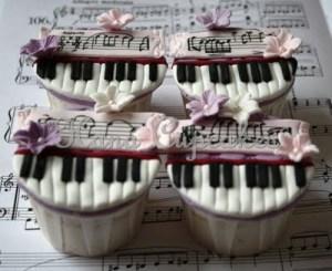 piano-cupcakes-chopin-nocturnes-op9-no2-c